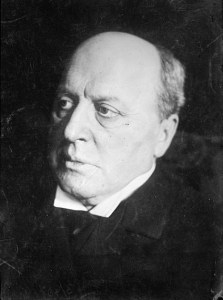 """Henry James had a great deal of affection for """"the beautiful and blest novelle,"""" and wrote a few himself, including the classic ghost story """"The Turn of the Screw."""""""