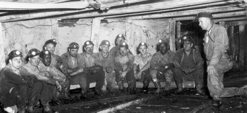 Ohio coal miners (Photo credit: Minerals Division, Ohio Dept. of Natural Resources).