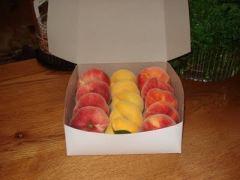 Manoff's Donut Peaches