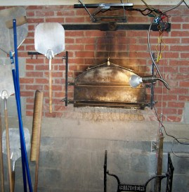 Bobolink brick oven; photo by L. Goldman; baking matzah