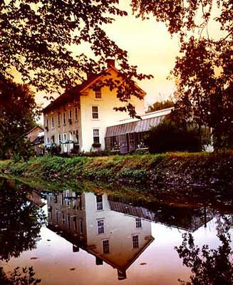 Golden Pheasant Inn_canalside; photo courtesy of the Golden Pheasant Inn