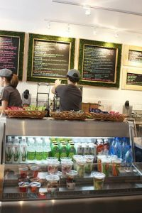 Greenstraw smoothies_counter