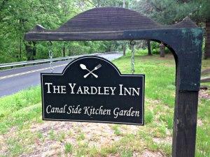 YI Garden Sign