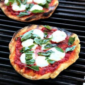 grilled pizza_Williams Sonoma