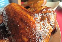HIckory Kitchen wing; photo credit Lynne Goldman
