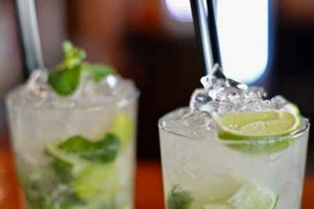 Drinks with lime