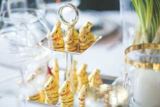Photo by Kaboompics .com from Pexels https://www.pexels.com/photo/little-lindt-gold-easter-bunnies-6408/