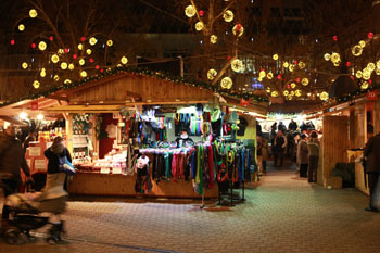 Budapest Christmas Fair 2016 Vrsmarty Square