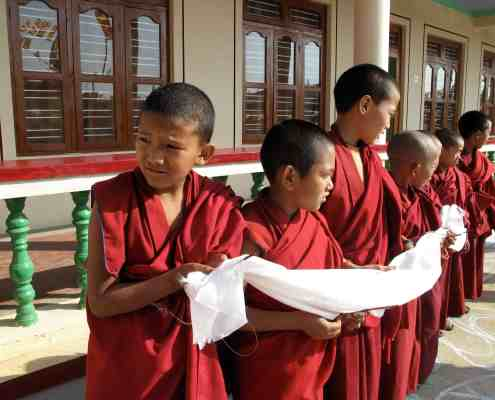 Chirden Monks with Takka for Juan Ruiz