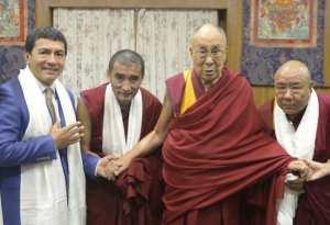 Juan Ruiz Naupari with His Holiness Dalai Lama and Abbots of Gaden Shartse