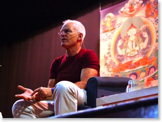 Lama Ole teaching in London, August 2005