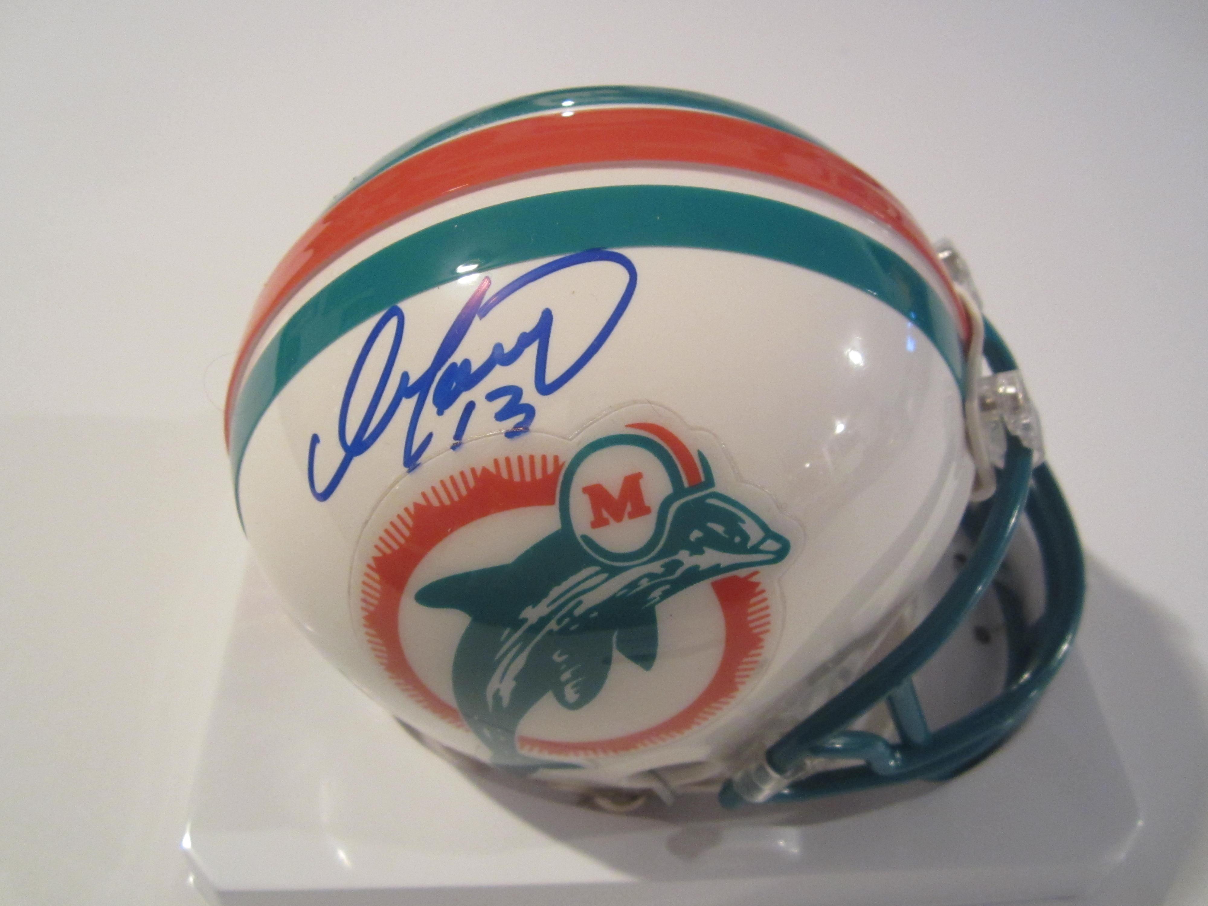 cheaper 51bf9 74b1e Dan Marino Signed Miami Dolphins Mini Helmet