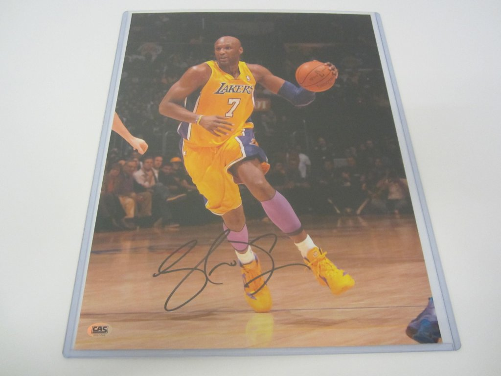 4d8a7eed6656 Lamar Odom Los Angeles Lakers signed 11x14 photo » Budd s ...