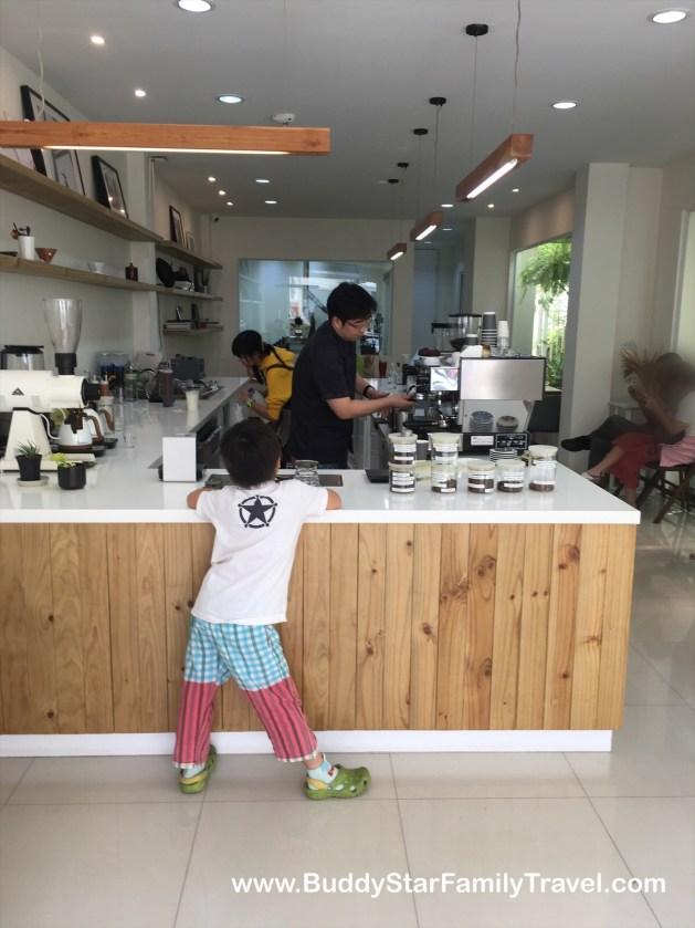 ร้านกาแฟ,พระราม2, คาเฟ่, น่านั่ง, บรรยากาศดี, เป็นกันเอง, เด็ก
