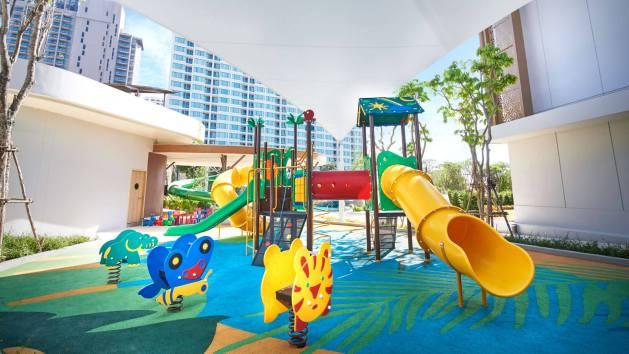 โรงแรมพัทยา,สวนน้ำ,ที่พัก,พัทยา,สไลเดอร์, water slide, เด็ก, ครอบครัว