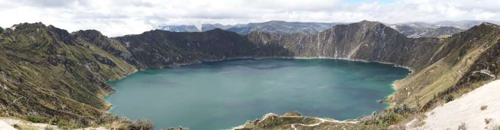 Without a doubt, Lake Quilotoa is one of the best places to visit in Ecuador