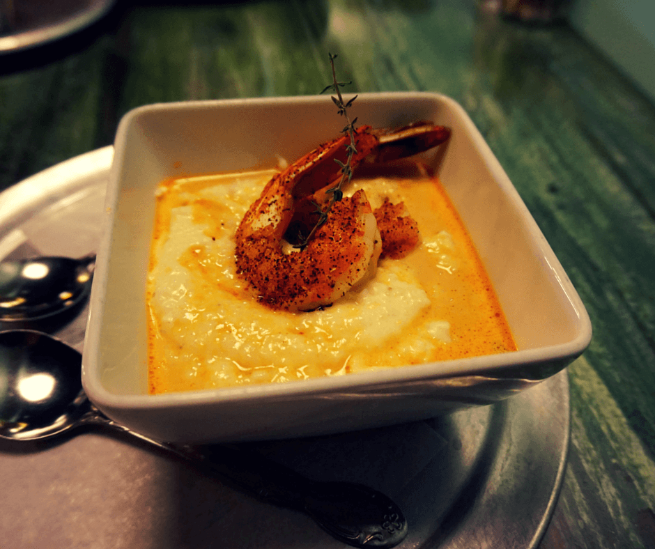 Cheese Grits with Shrimp