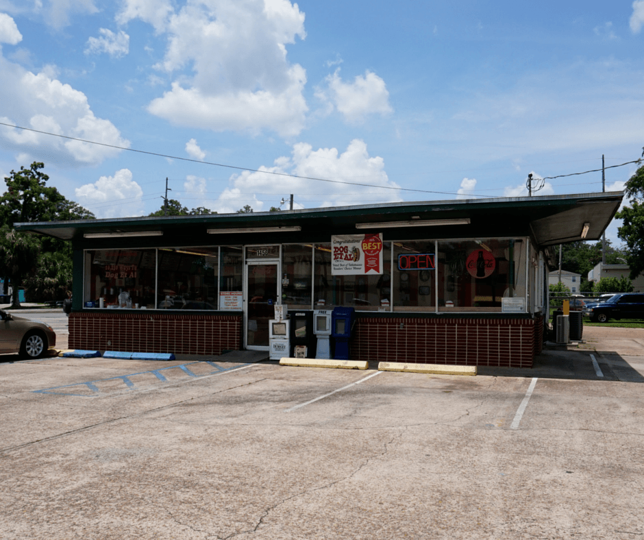 Dog et al has the best hot dogs in Tallahassee