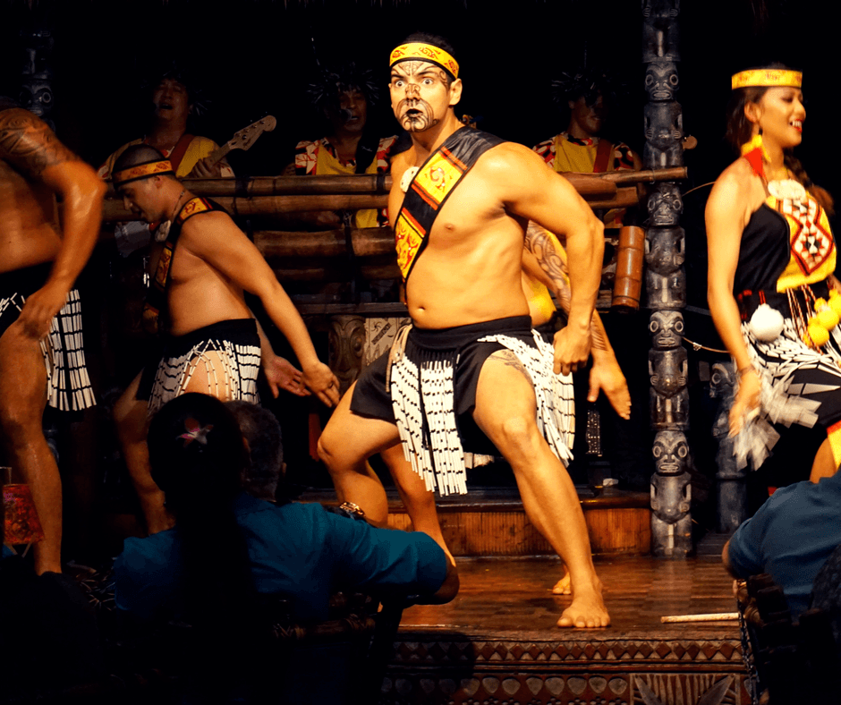 dancing at the Mai-Kai Restaurant