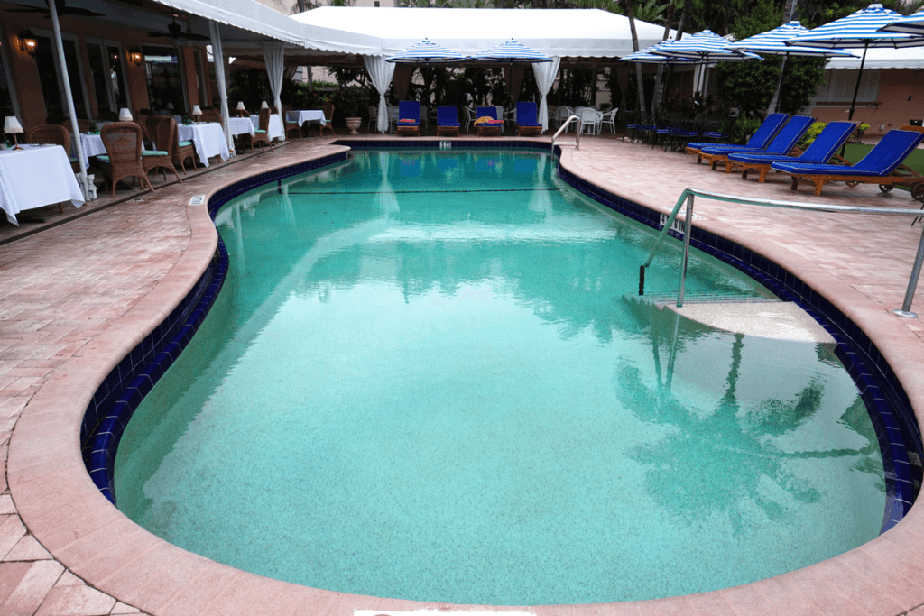 The Colony Hotel Palm Beach pool