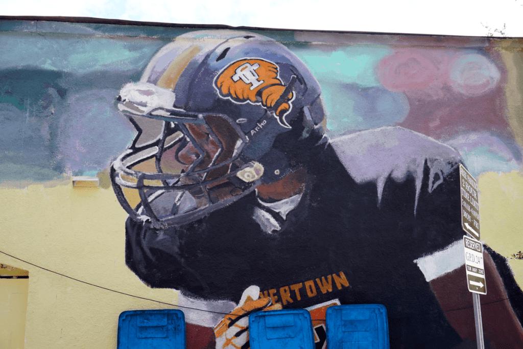 Reginald O'Neal, L.E.O. mural in Gainesville