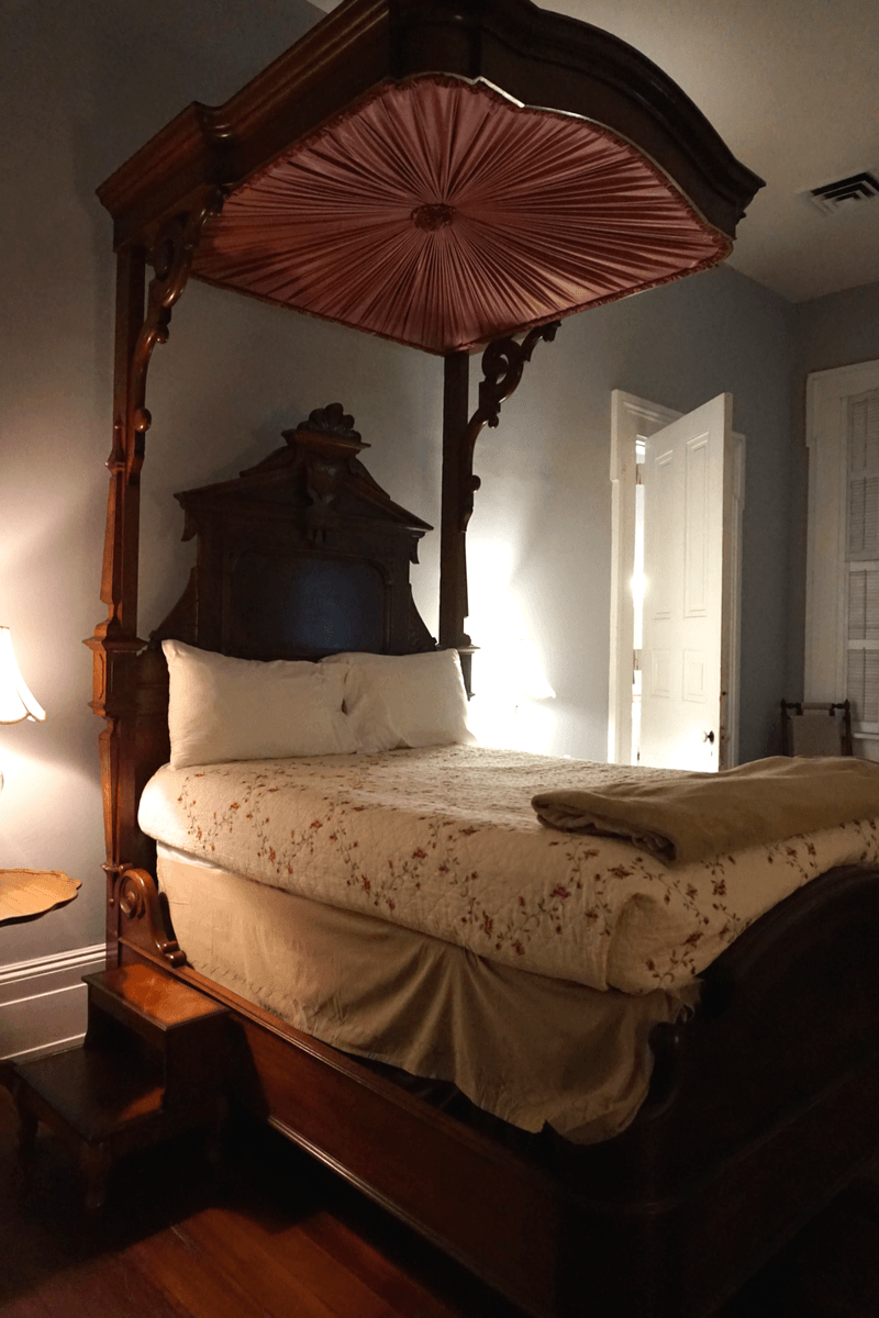 antique furniture throughout this historic Vicksburg hotel