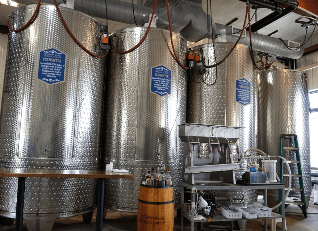 Distilleries in Iowa include Mississippi River Distilling Company