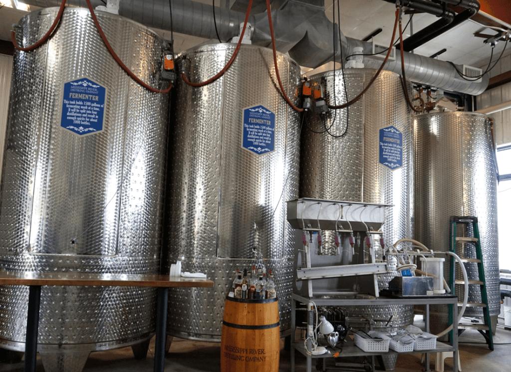 Distilleries in Iowa include Mississippi River Distilling Company