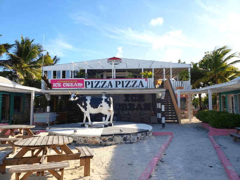 Pizza Pizza is one of the best restaurants in Grace Bay Providenciales
