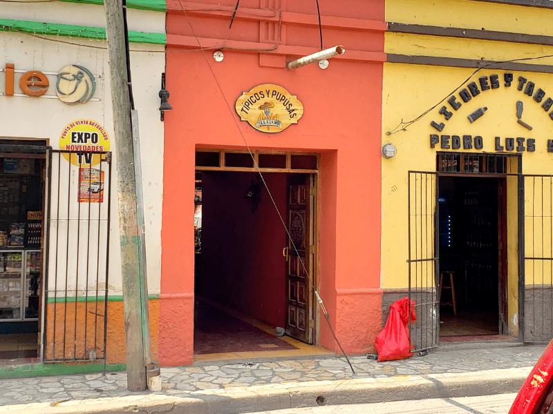 Restaurante Yaxkuk Mo in Copan Ruinas Honduras