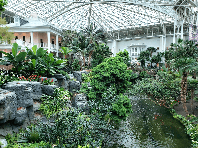 Free things to do in Nashville include walking around the Gaylord Opryland Resort