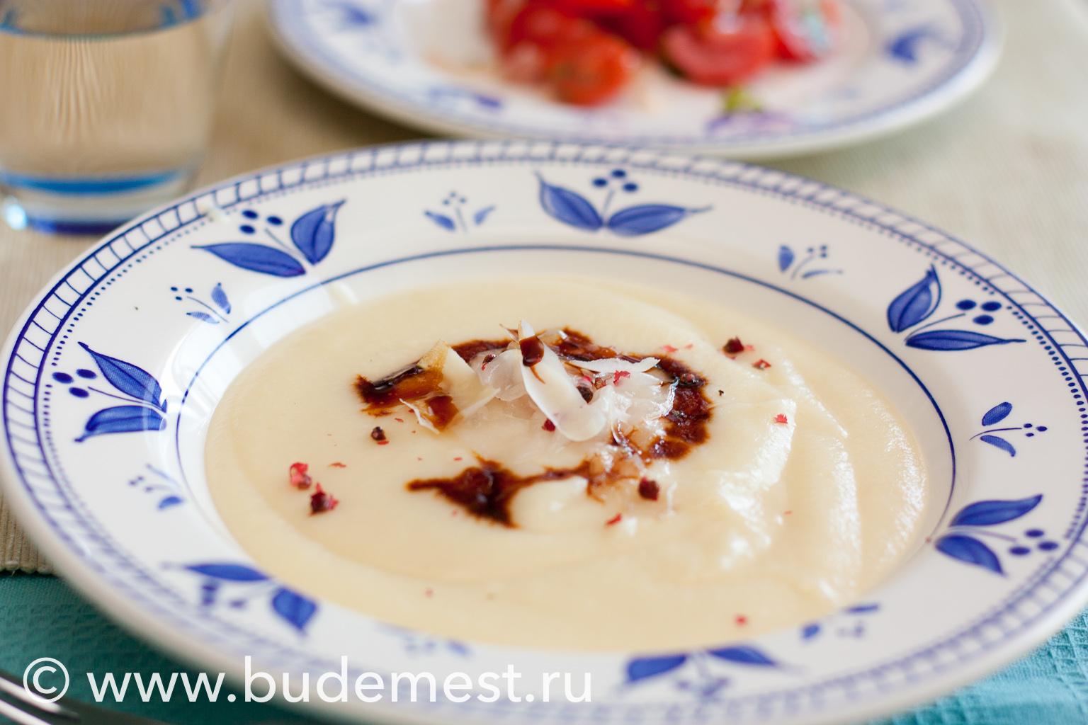 Суп из сельдерея с картофелем
