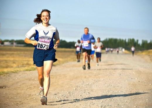 Программа тренировок по бегу на 6 недель среднего уровня