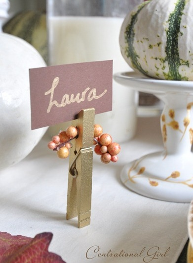 6 Ways to Use Clothespins to Decorate Your Wedding