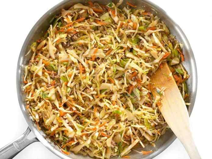Mix in Green Onion for the Beef and Cabbage Stir Fry
