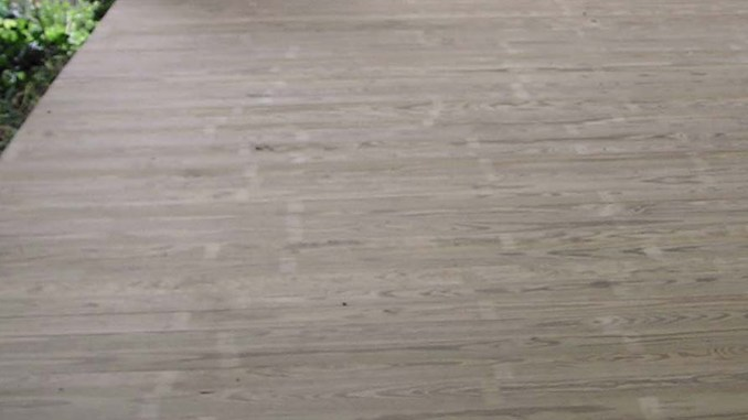 Izolacja pod deski tarasowe