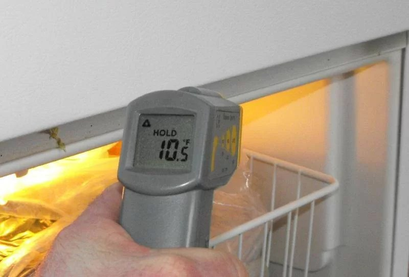 What temperature should my refrigerator be? - Charles ...