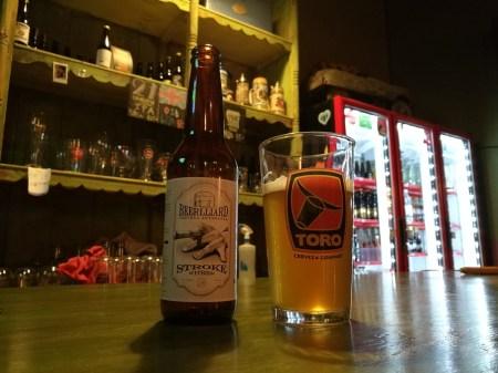 Cerveza Artesanal Beerlliard - Etiqueta Stroke de Estilo Witbier