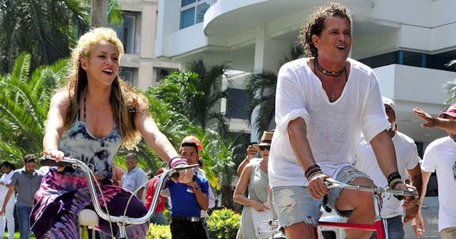 Carlos Vives y Shakira cantarán juntos en de los American Music Award (AMA)