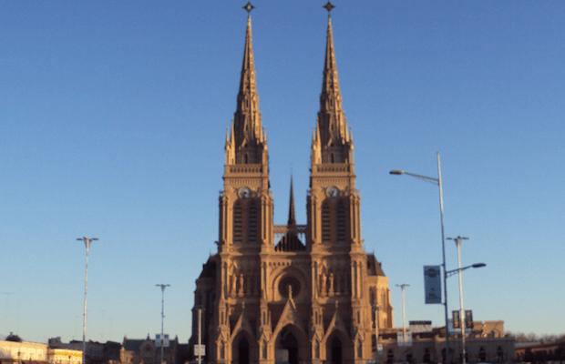 1-catedral-lujan-argentina