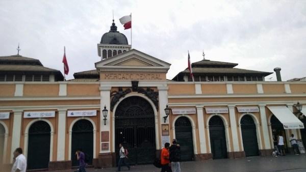 Foto do Mercado Central de Santiago, no Centro da Cidade