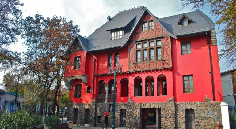 hotel 5 estrelas castillo rojo santiago
