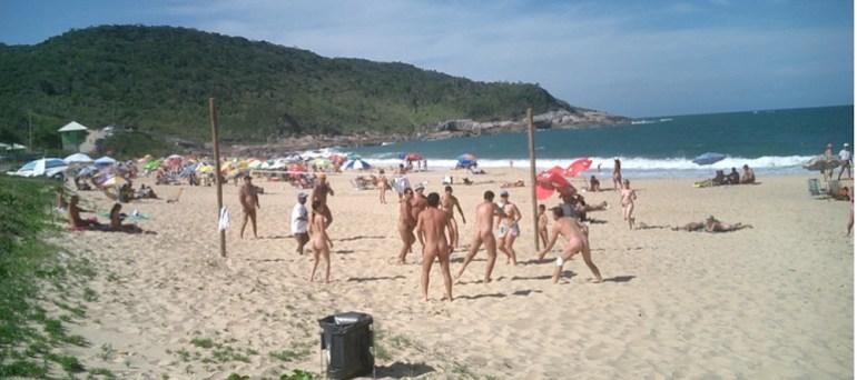 praia de nudismo pinho sc