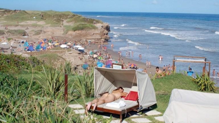 praia de nudismo escondida argentina