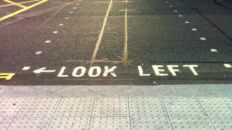 transporte em londres faixa de pedestre mao inglesa