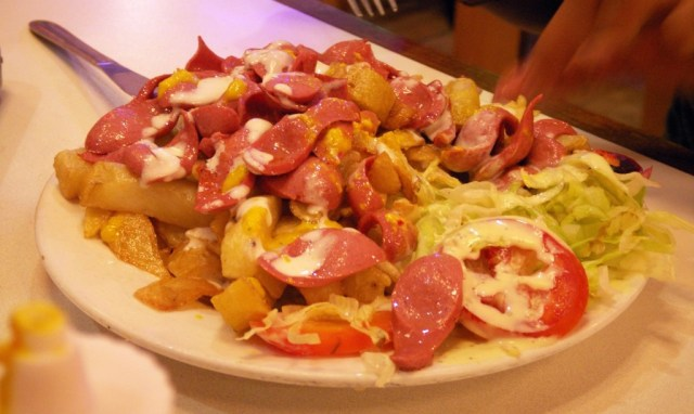 salchipapas-comidas-tipicas-bolivia