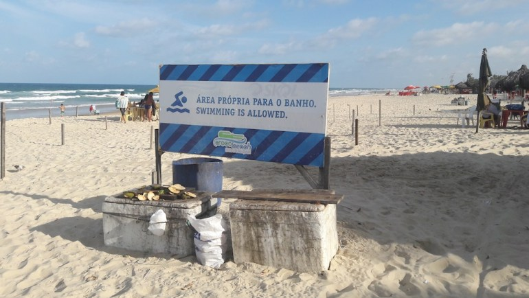 praia do futuro fortaleza propria para banho