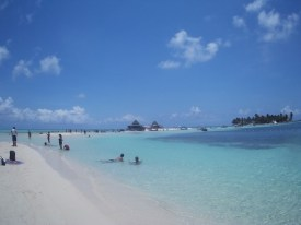 Praia em Rose Cay, Isla Acuario