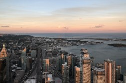 cn tower toronto mirante