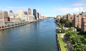 Manhattan, East River, Roosevelt Island